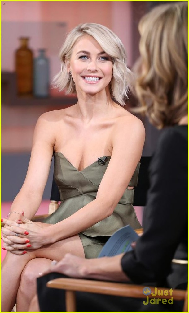 Good Morning America Beauty Tips : Full sized photo of julianne derek hough gma tour