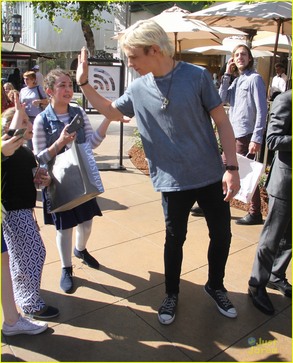 ross lynch rocky lynch grove fans 09