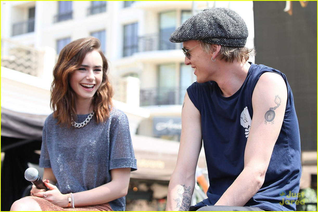 Lily Collins And Jamie Campbell Bower Back Together
