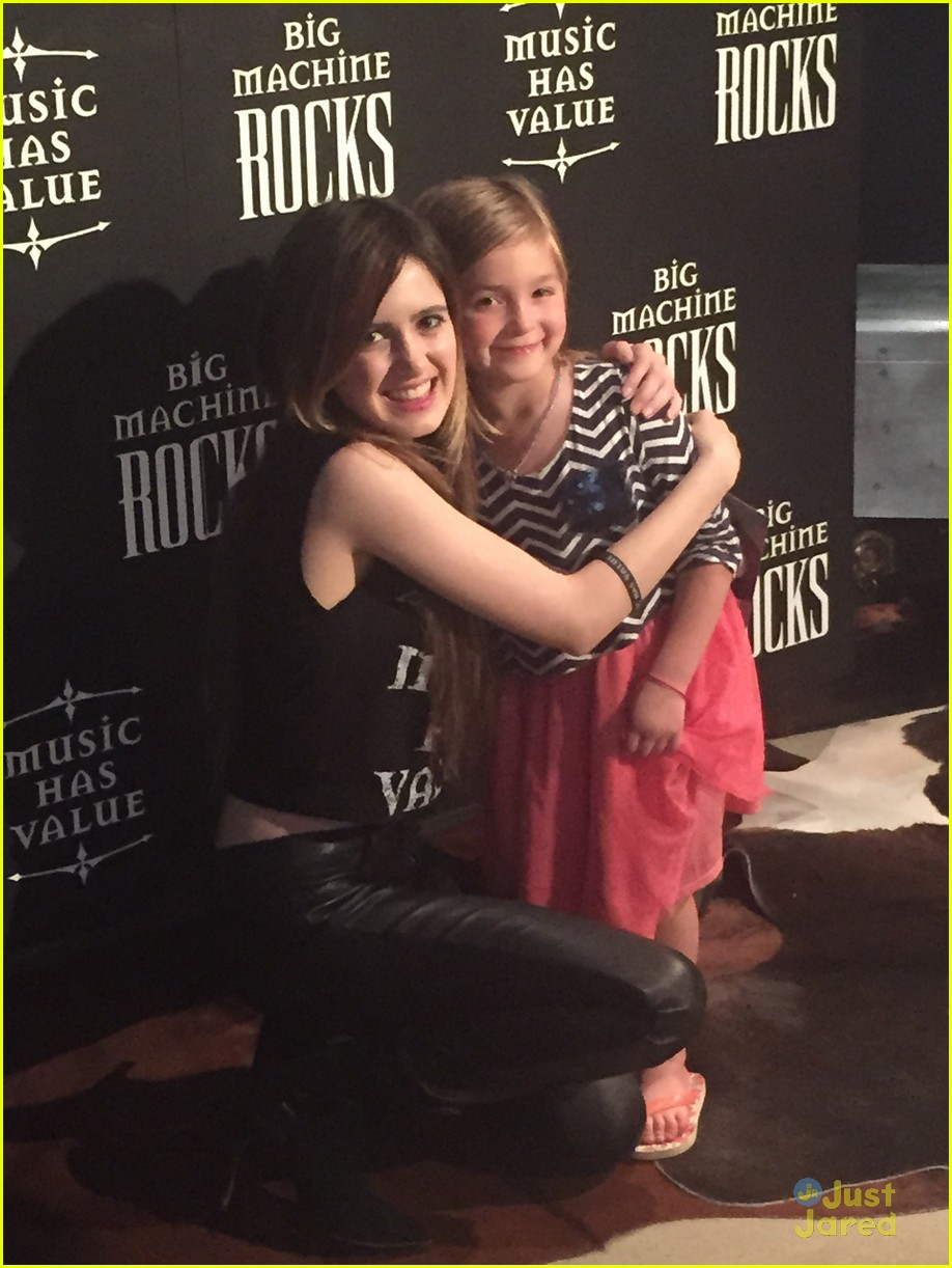laura marano nashville meet greet pics 03