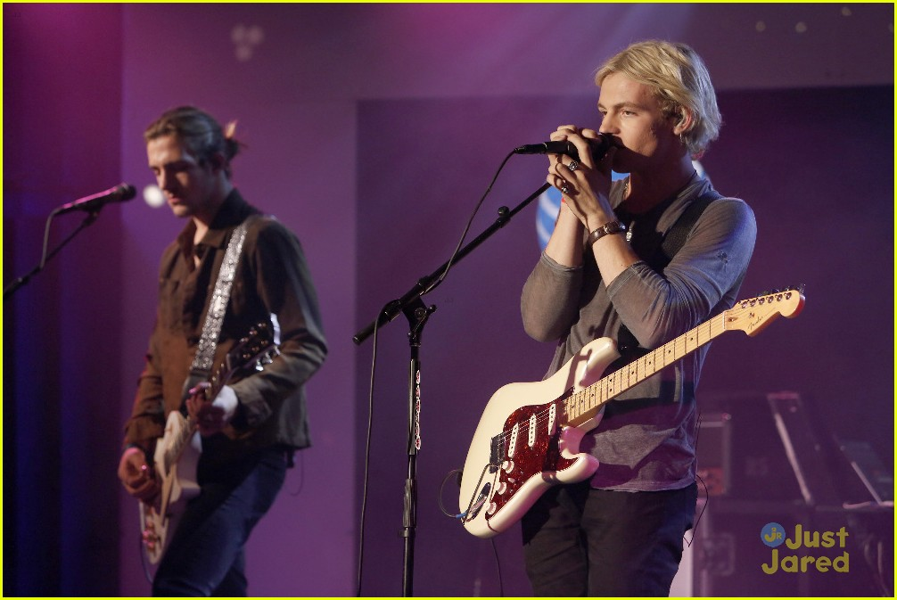 r5 jimmy kimmel live pics performance 02