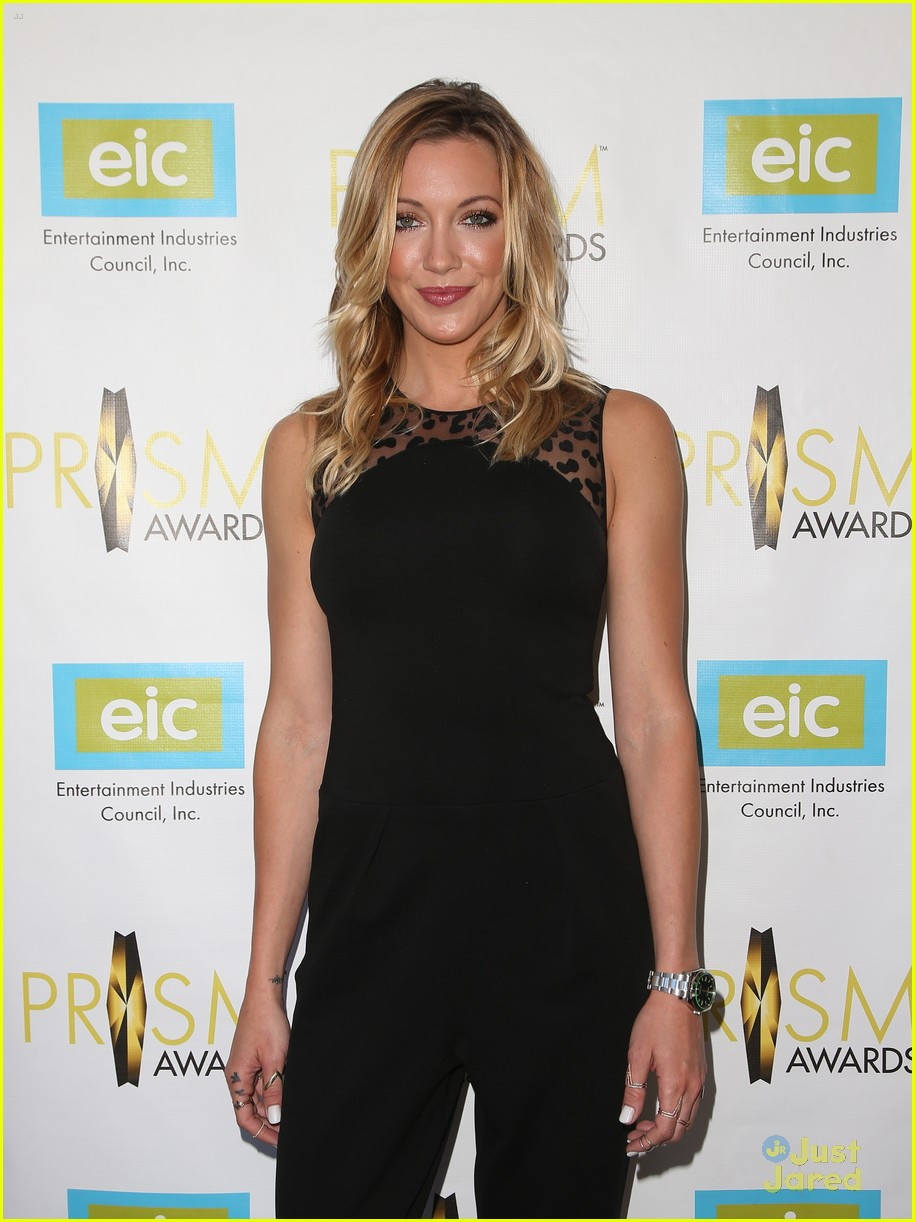 katie cassidy prism awards los angeles win 08