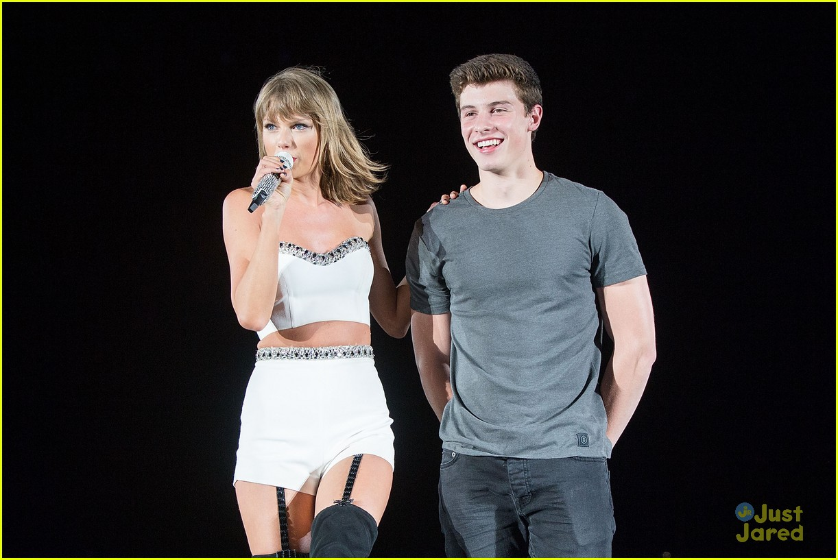 http://cdn01.cdn.justjaredjr.com/wp-content/uploads/pictures/2015/08/shawn-bday/shawn-mendes-happy-birthday-taylor-swift-01.jpg