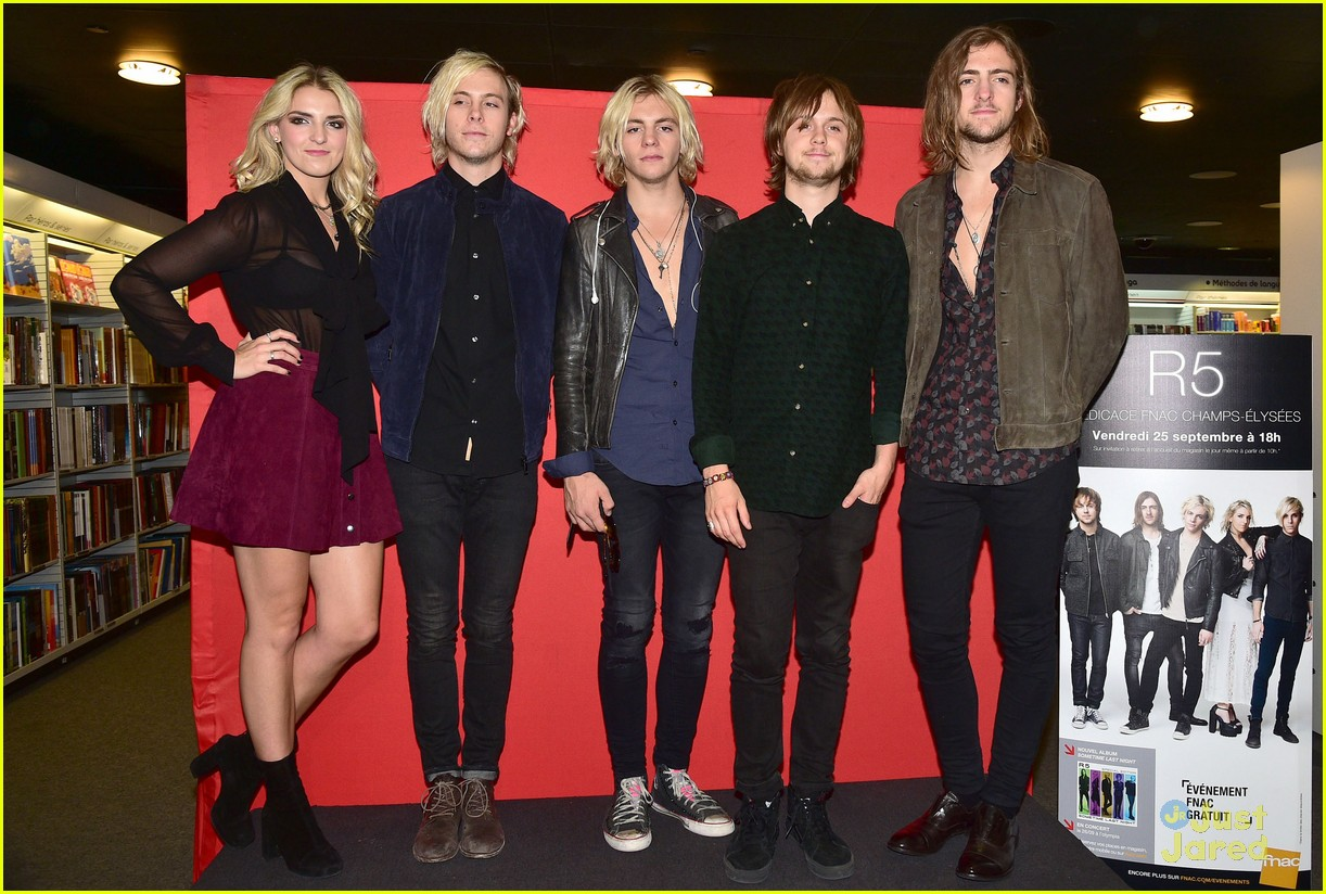 r5 meet greet sometime last night tour paris 02