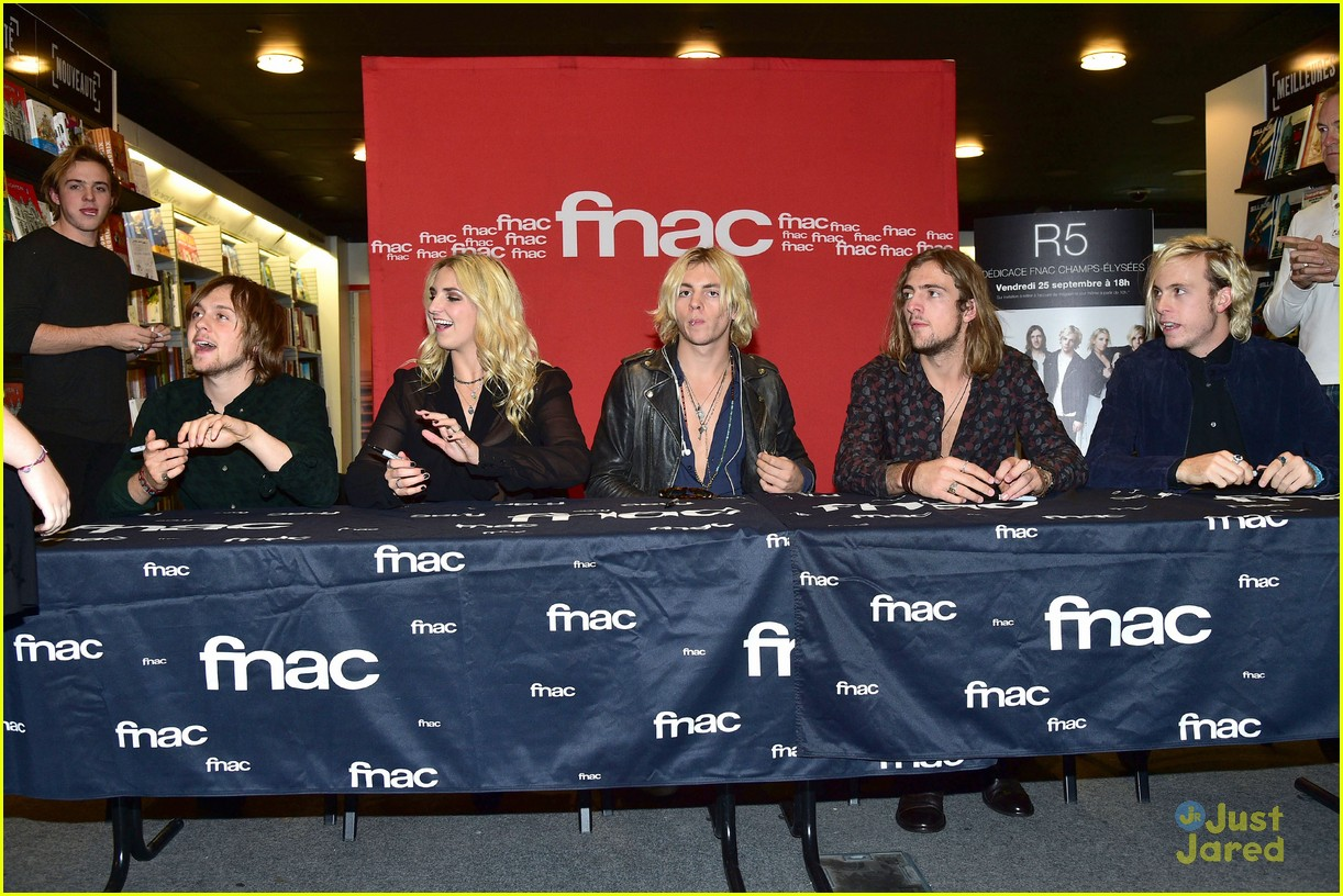 r5 meet greet sometime last night tour paris 05