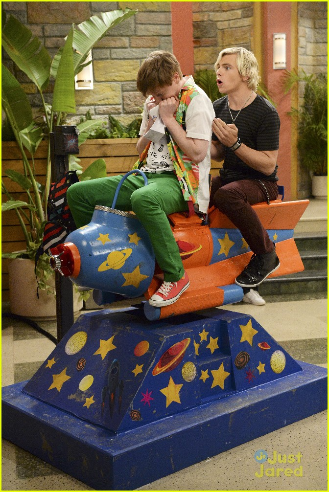 austin ally rejection rocketships raini direct stills 06