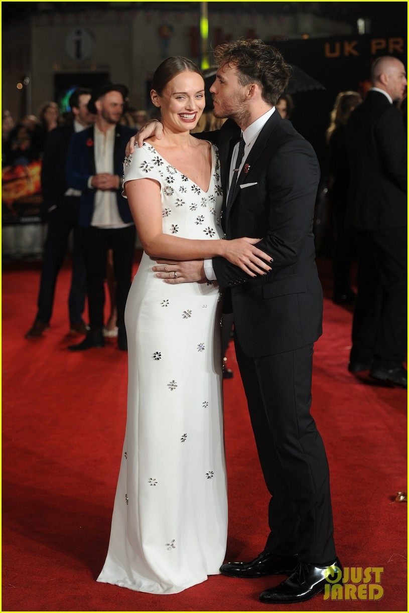 sam claflin expecting first child with laura haddock   see