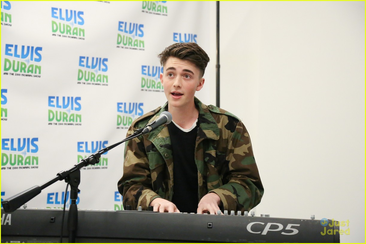 greyson chance elvis duran show oceans collaboration 07