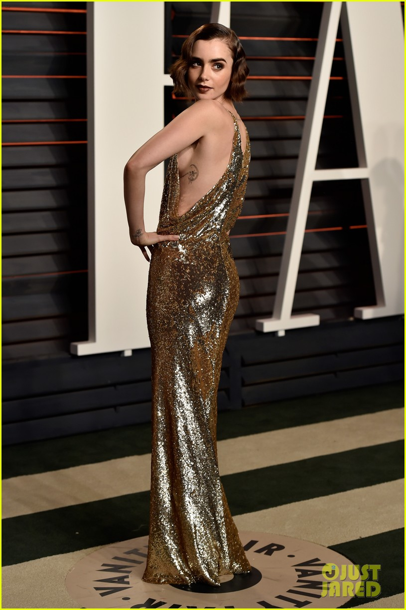 Nina Dobrev Lily Collins 2016 Vanity Fair Oscars Party 10 also Pictures in addition Inter in En Komik Capsleri further Beard furthermore You Dont Mess With The Zohan Movie Review. on oscar mess up 2017