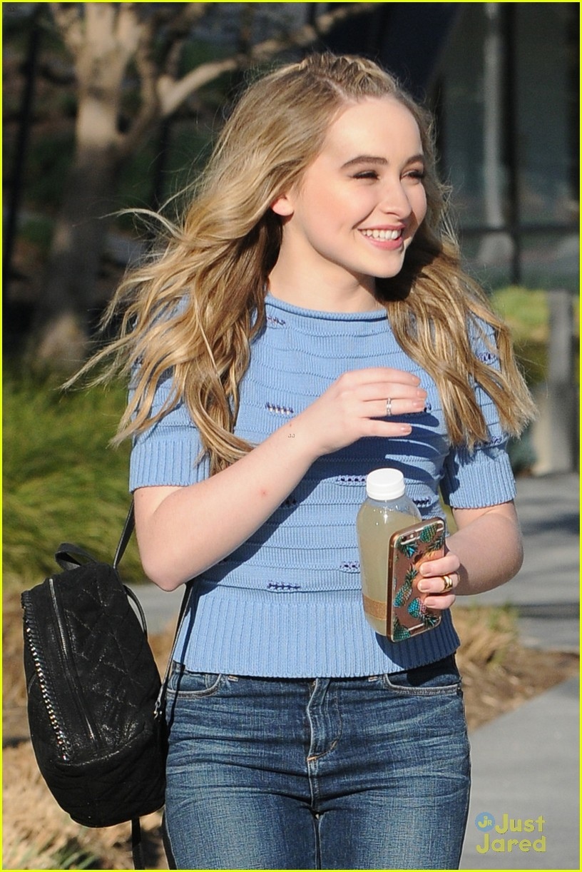 Carpenter Los Angeles  Sabrina Carpenter's Music is Inspired by 'True Emotions'  Photo 933135 - Photo Gallery  Just Jared Jr.