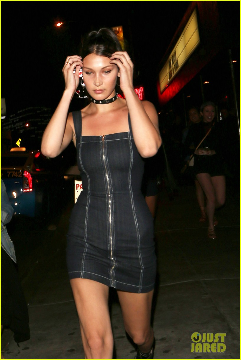 bella hadid supports bff jessie jo stark at the roxy 37