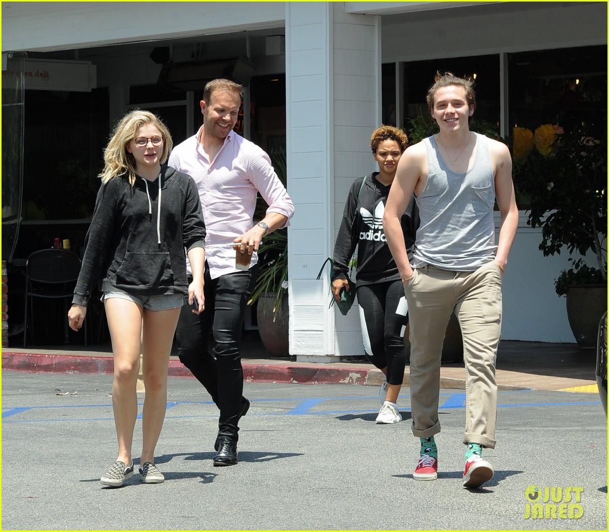 chloe moretz brooklyn beckham spend the day together in LA 09