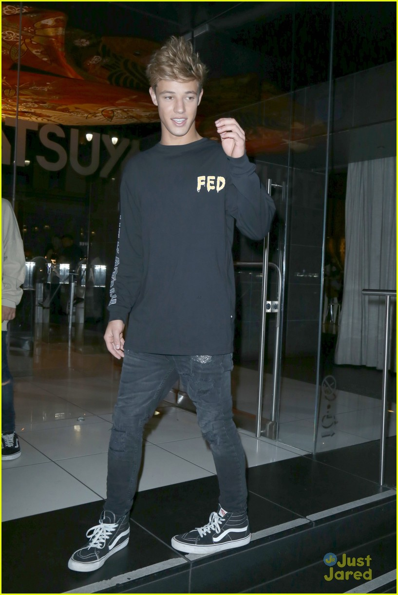 cameron dallas katsuya dinner nice tweet 12