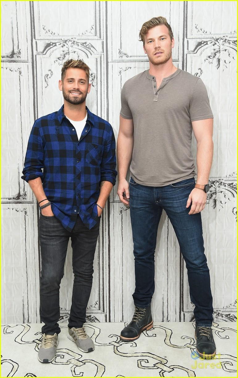 derek theler jean luc bilodeau aol build 02