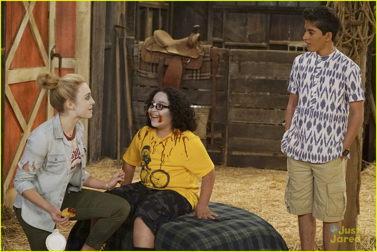 bunkd camp kiki slasher stills 04