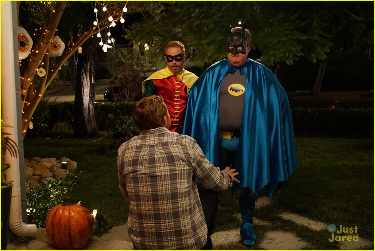 lily luke halloween costumes modern family tonight 32