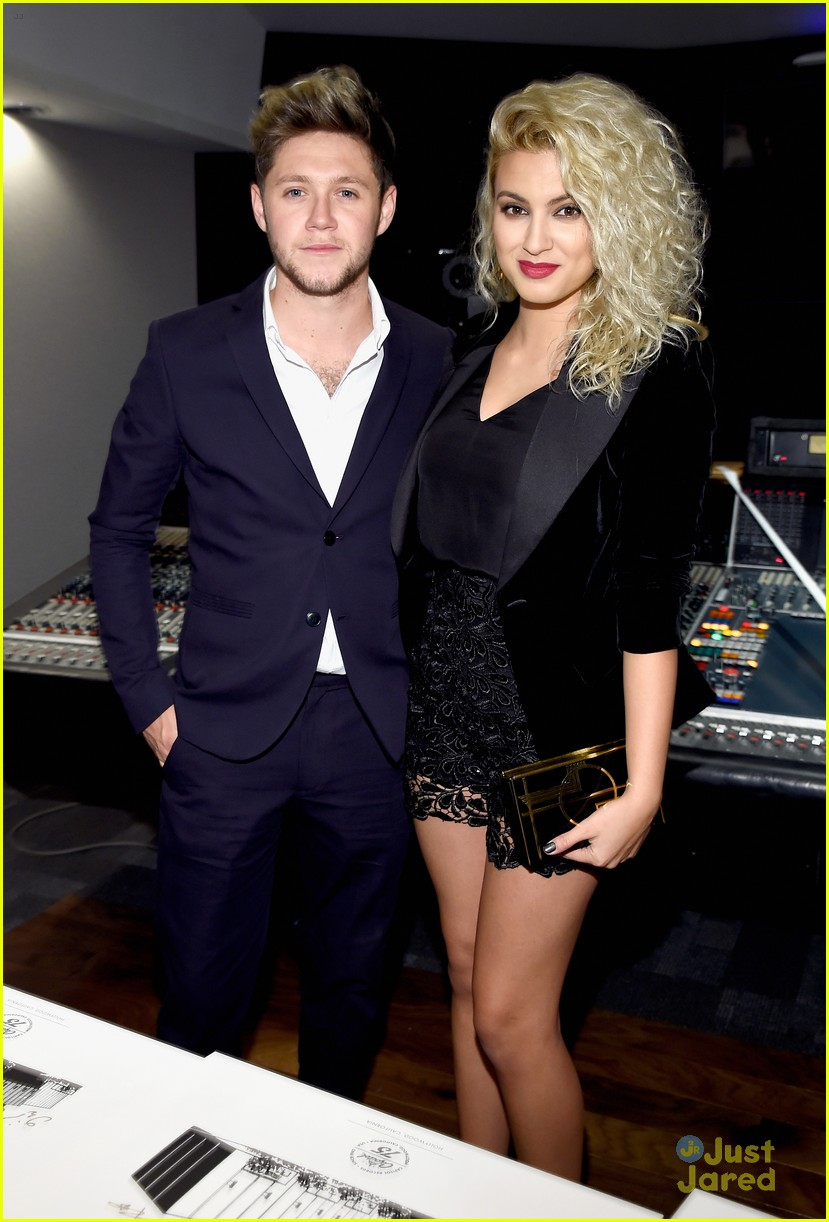 niall horan tori kelly 5sos capitol records party 01