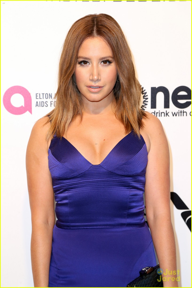 ashley tisdale slams pregnancy rumors 02