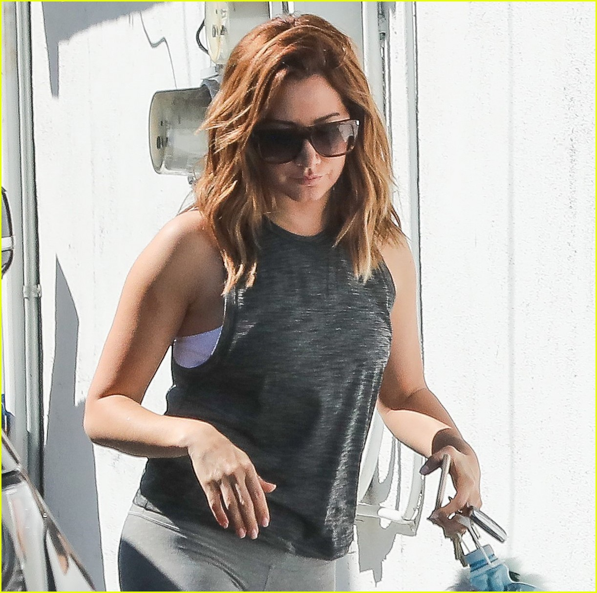 ashley tisdale gym beverly hills 04