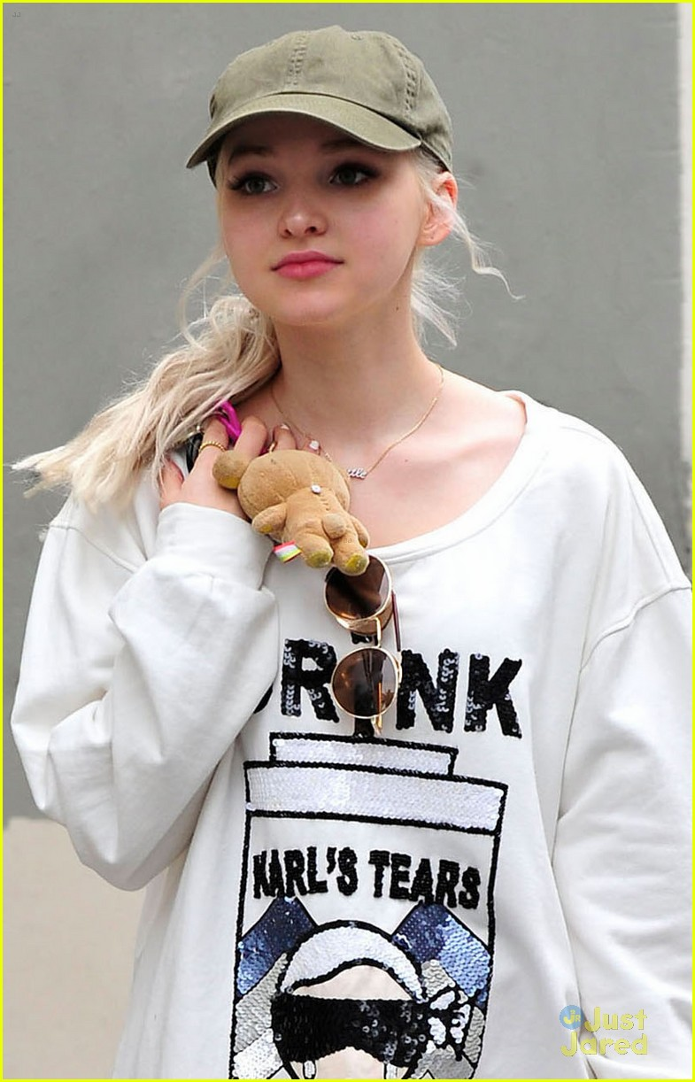 Dove cameron liv and maddie theme song - photo#12