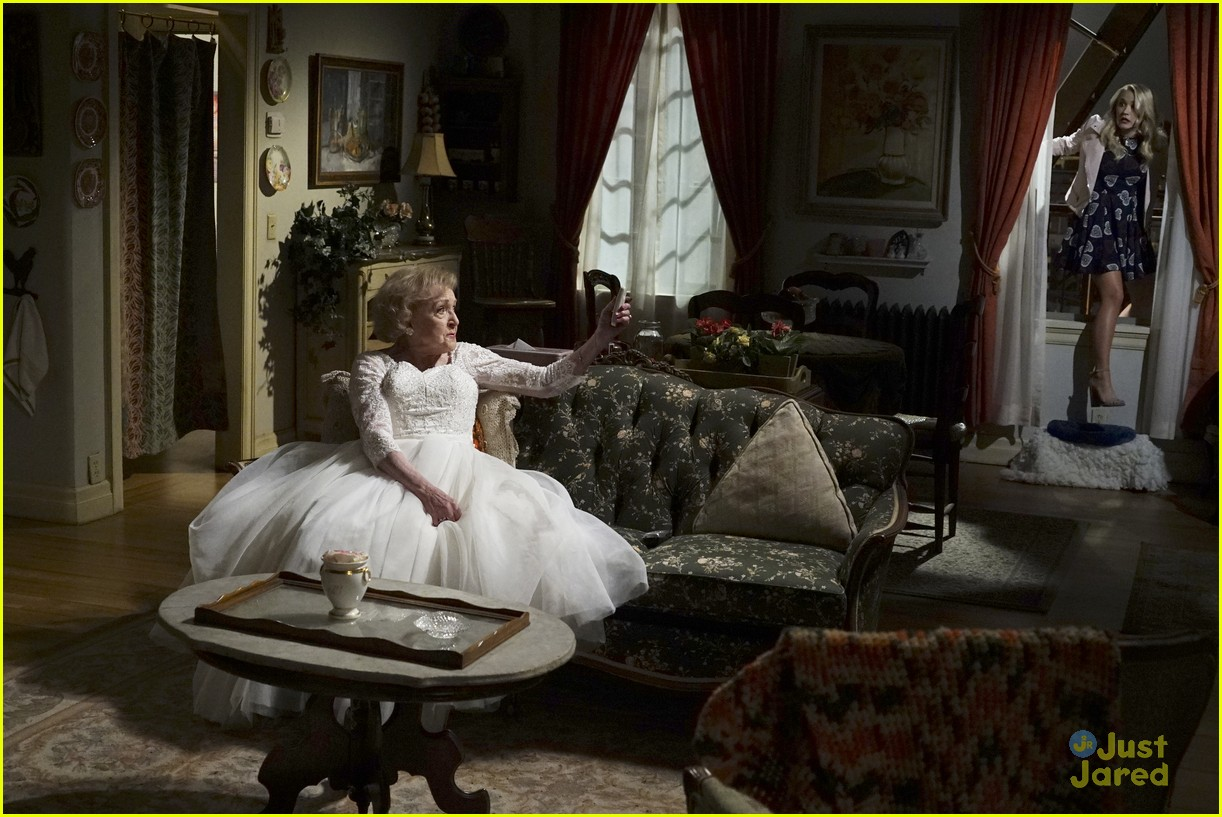 emily osment wedding dress episode betty white young hungry 25