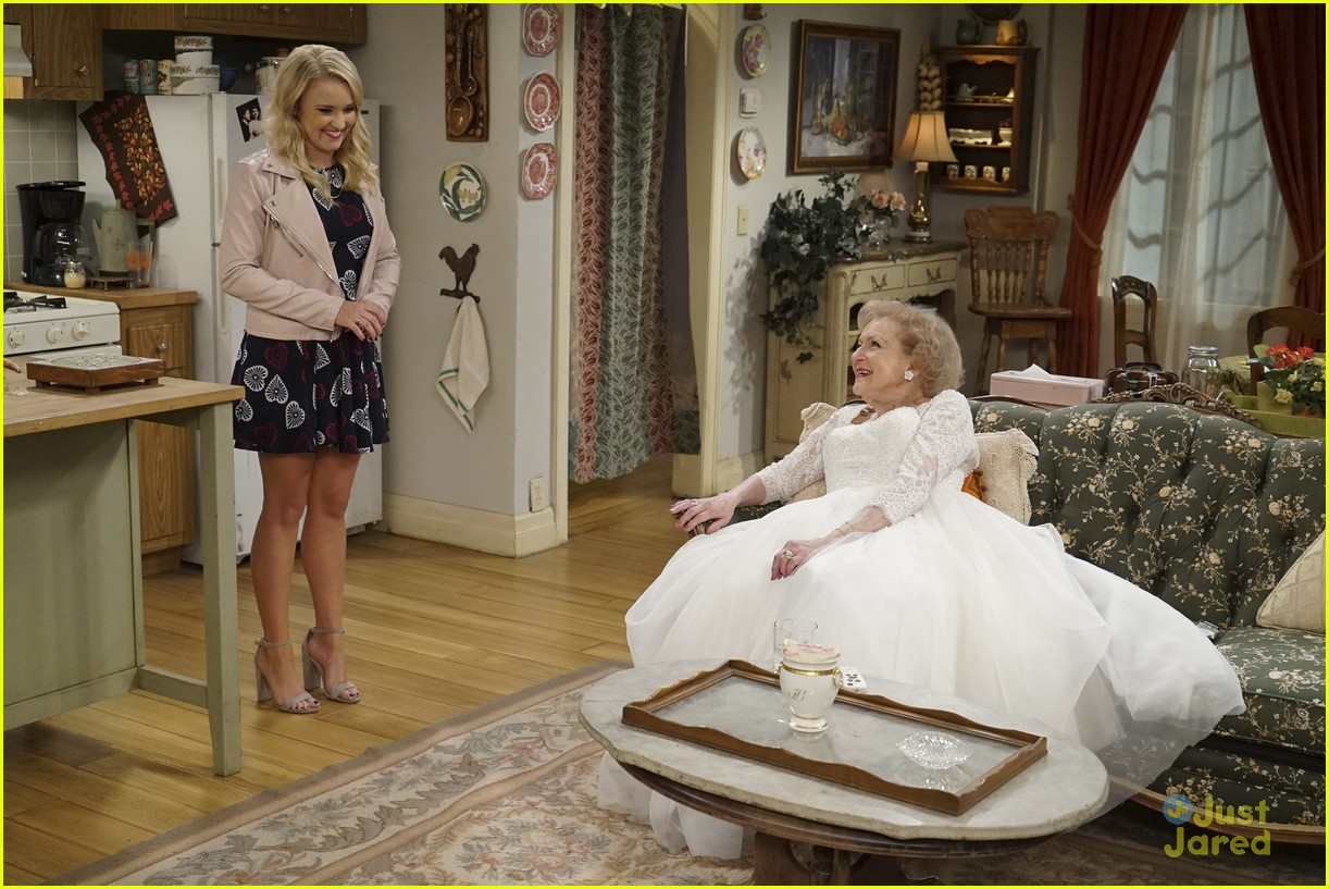 emily osment wedding dress episode betty white young hungry 33