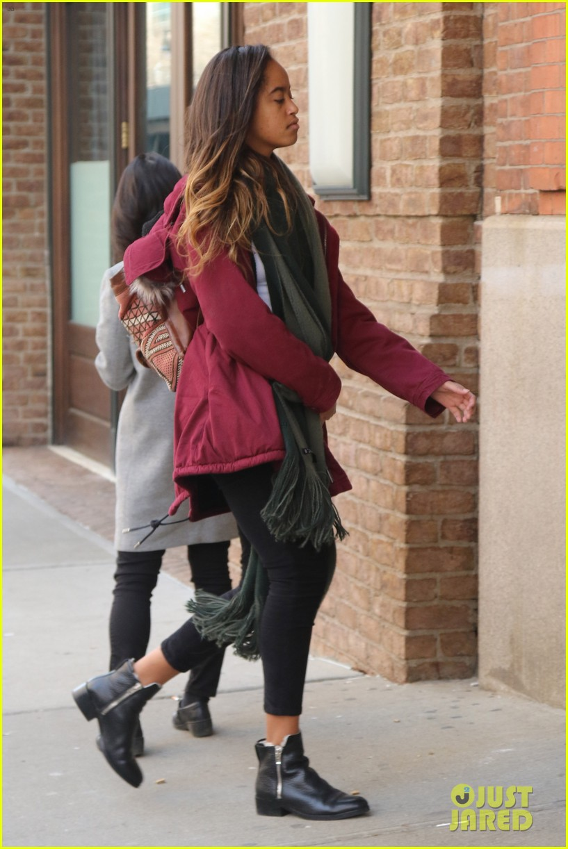 malia obama another day at the office 03