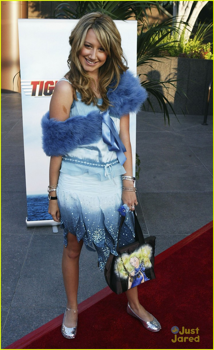 ashley tisdale fashion regrets 02