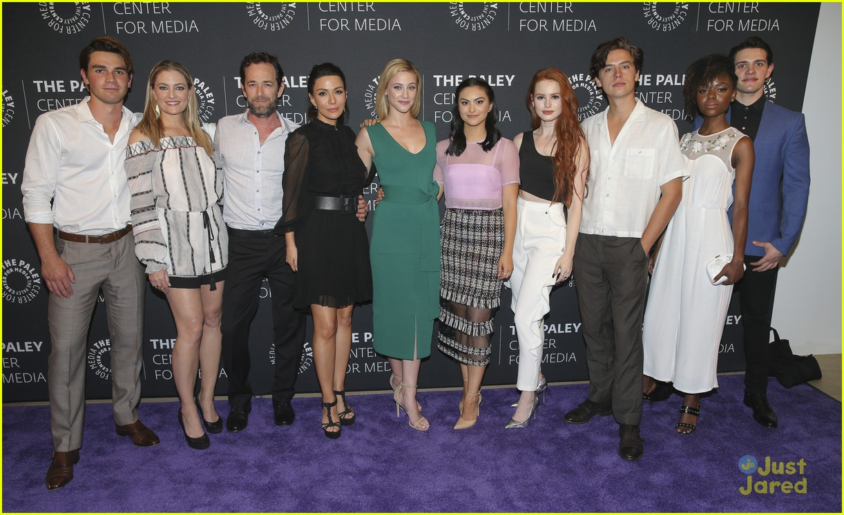 riverdale cast paleyfest event jughead episodes ahead 02