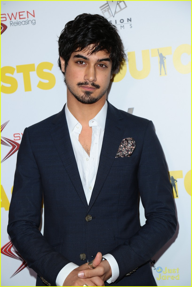 Victoria Justice & Avan Jogia Premiere Their New Film 'The ...