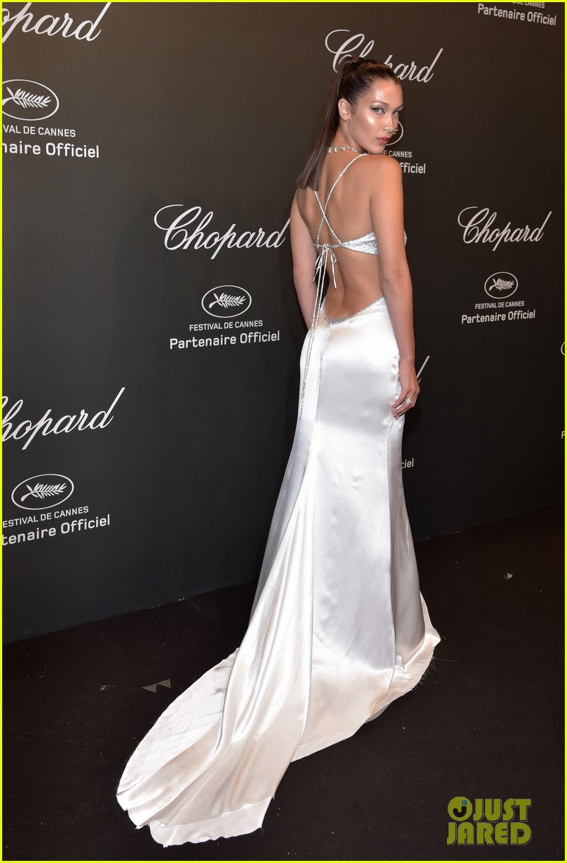 bella hadid is all about the sparkles and cat eye at chopard space party 03