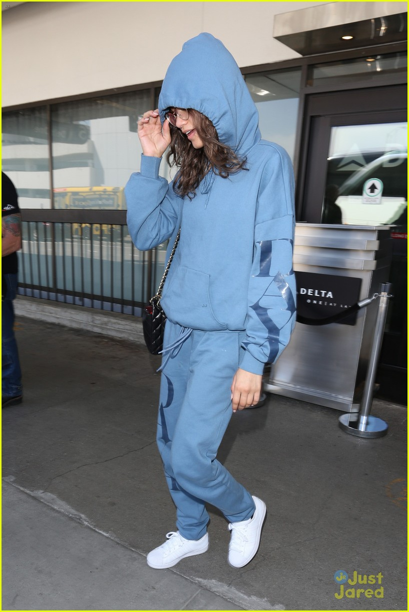 zendaya sweatpants lax after met gala 02