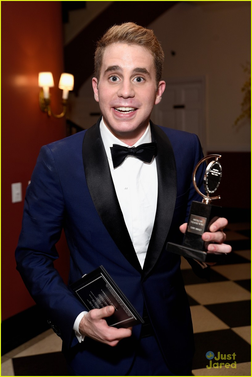 casey cott supports his brother at tony awards ben platt wins best actor 04