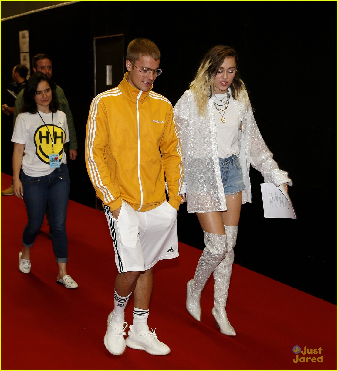miley cyrus justin bieber one love manchester 01