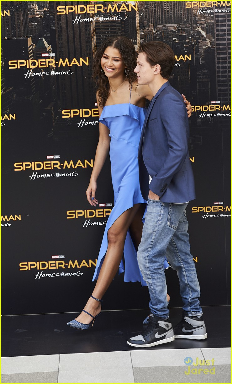 zendaya talks friendship with tom holland 03