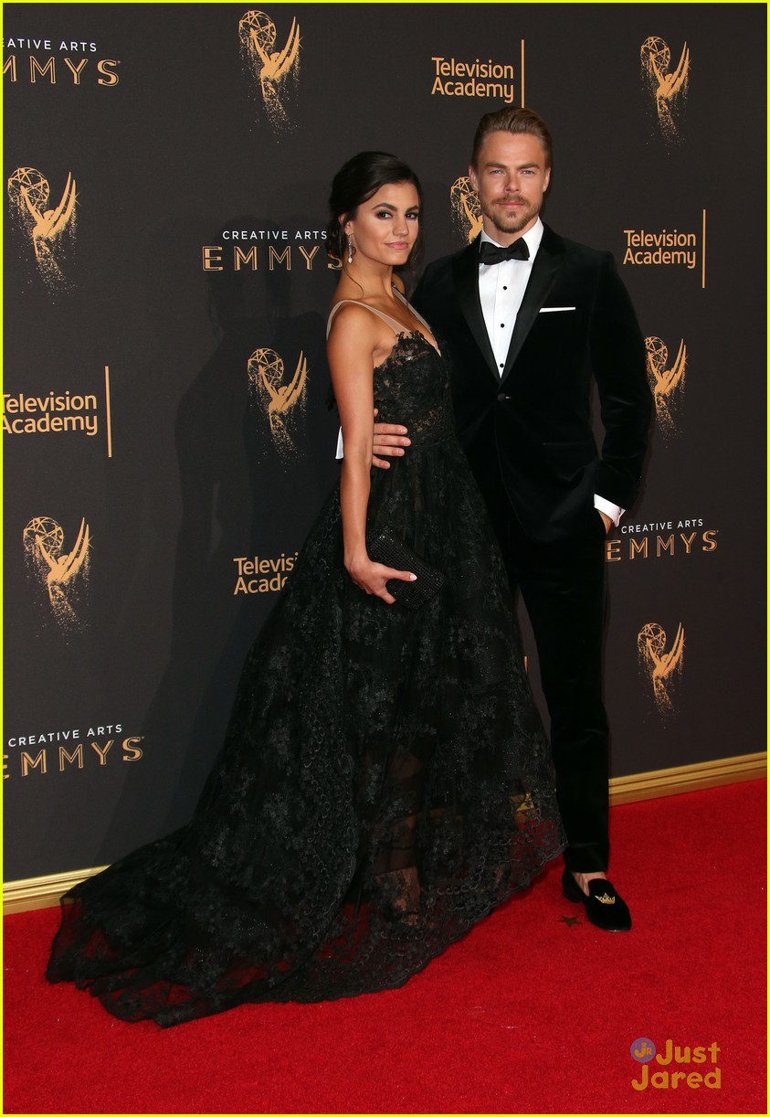 derek hough hayley  sharna julianne brooks emmys 01