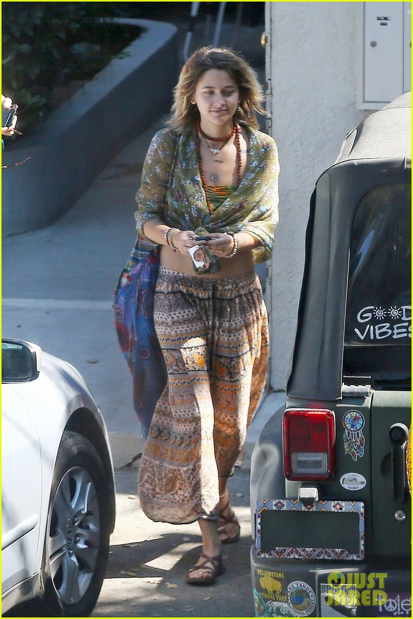 paris jackson spotted hanging out with keegan allen 03