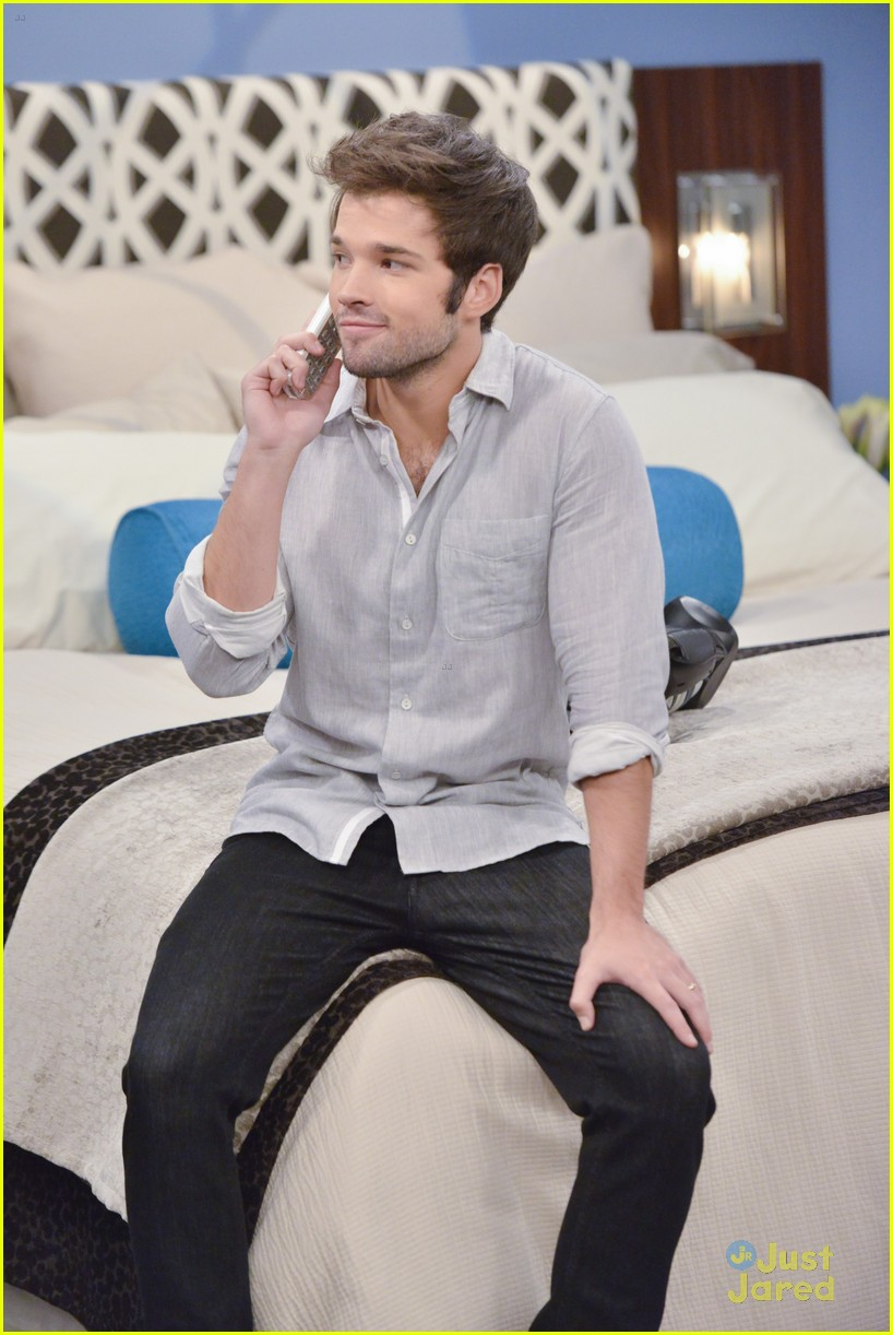 nathan kress freddie benson game shakers 04
