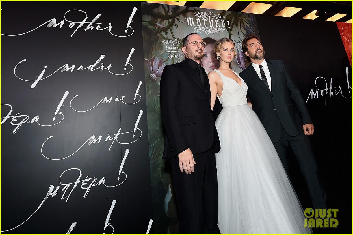 jennifer lawrence darren aronofsky mother nyc premiere 11