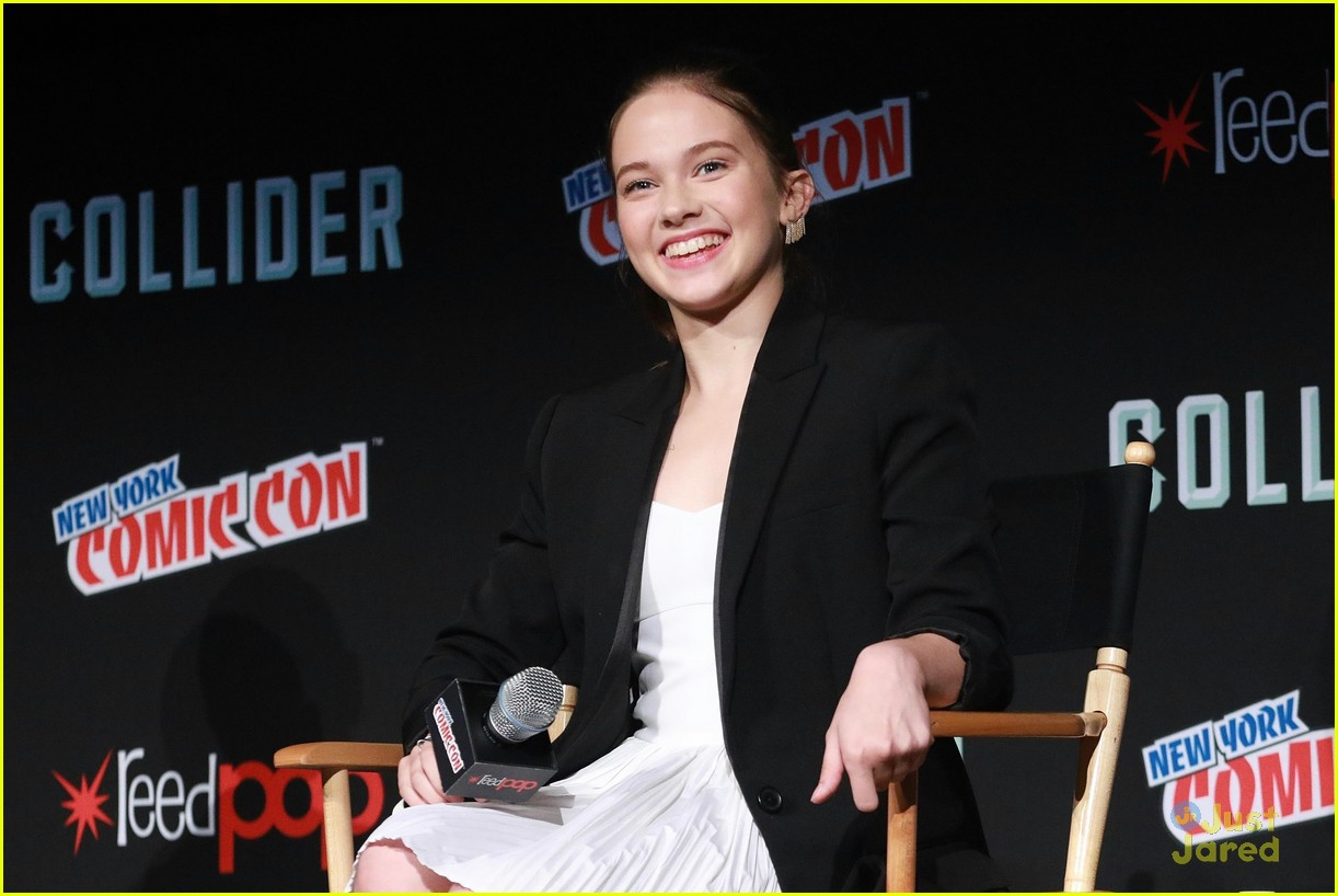 cailee speany pacific rim uprising panel trailer 02