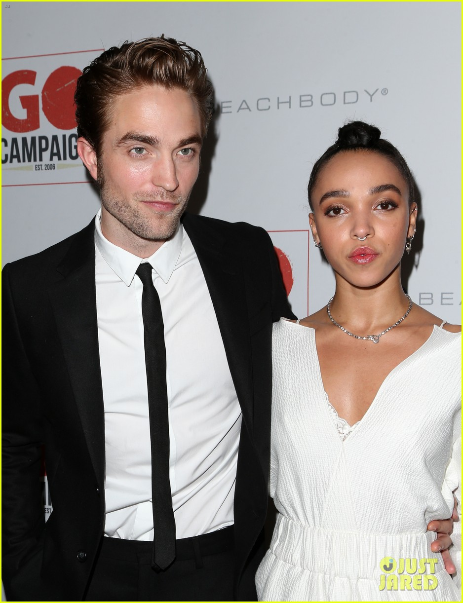 robert pattinson fka twigs split call off engagement 02