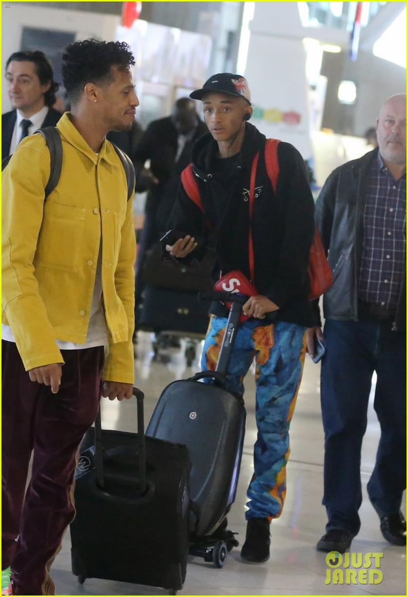 jaden smith scooters his way through paris and lax airports 07