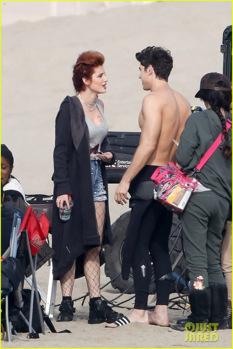 bella thorne hits the beach with shirtless carter jenkins famous in love 01