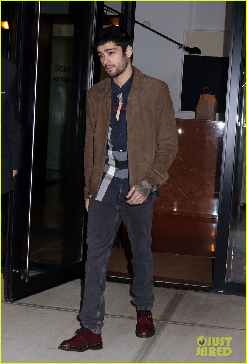 zayn malik steps out after two year anniversary 05