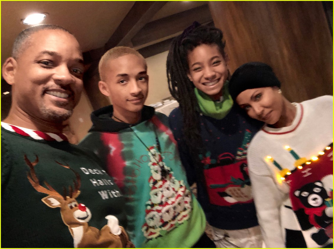 Willow & Jaden Smith's Mom Made Them Wear Ugly Christmas ...