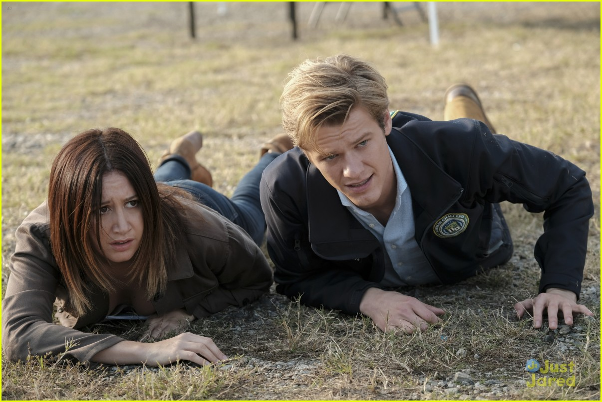 ashley tisdale lucas till macgyver tonight 05