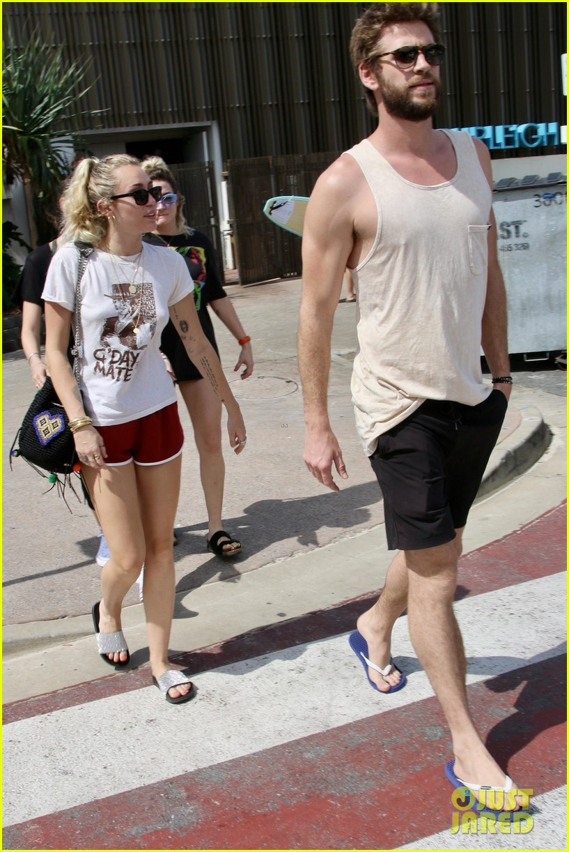 miley cyrus liam hemsworth 05